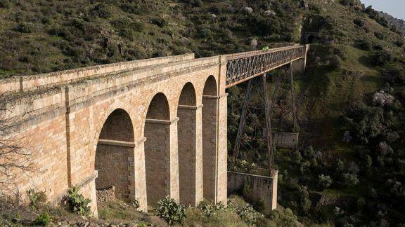 Ruta de túneles y puentes