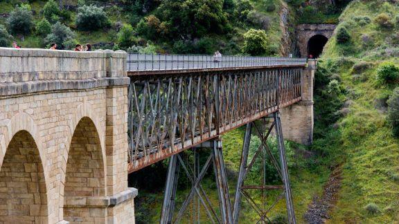 Puente del Lugar