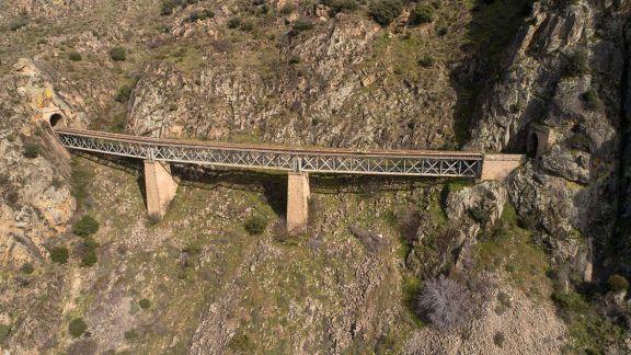 Vista área del puente de Poyo Valiente